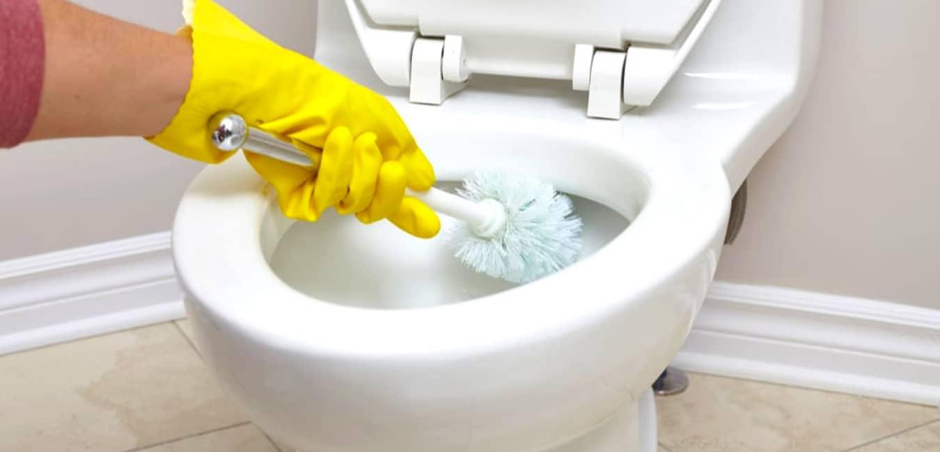 Poop clogged toilet